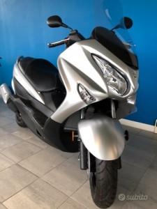Suzuki Burgman 200 km 0 2